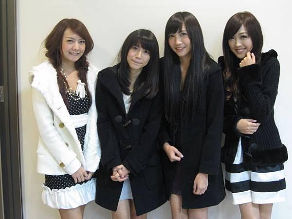 2010-01-16 我猜 人不可貌相 楚楚可憐!!愛哭鬼美女 (猜誰能在最短時間落淚?!)