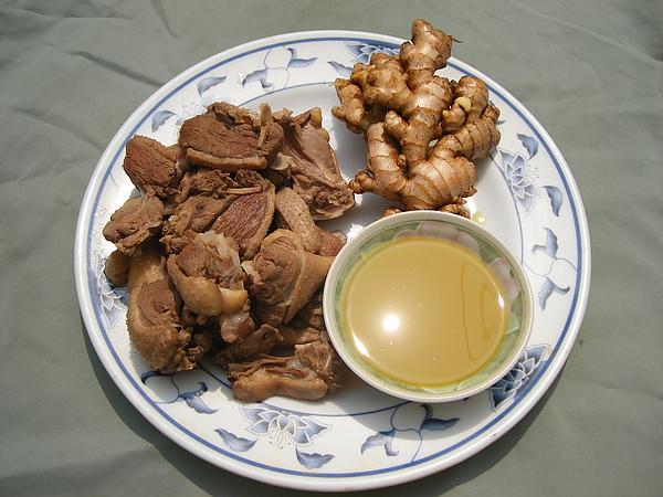 薑母鴨食材