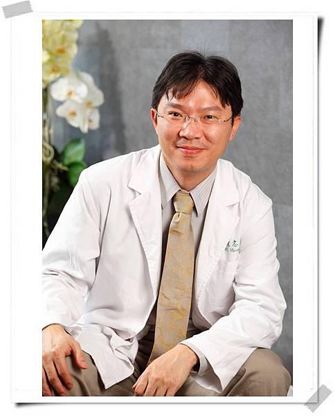 黃志宏醫師.jpg