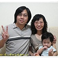 1Y1M9D - 情人節的全家福 99.8.16