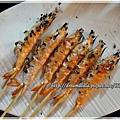 花蓮-自強夜市(殼燒蝦-燒烤蝦子60元/6隻)~很小隻