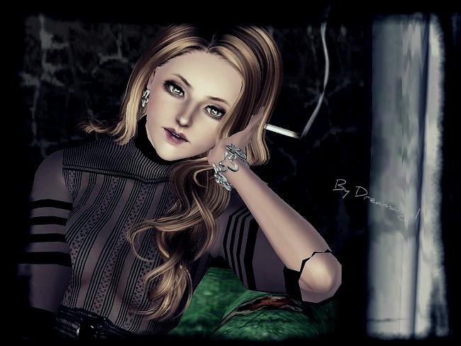 smokingLady_inAhouse_10.jpg