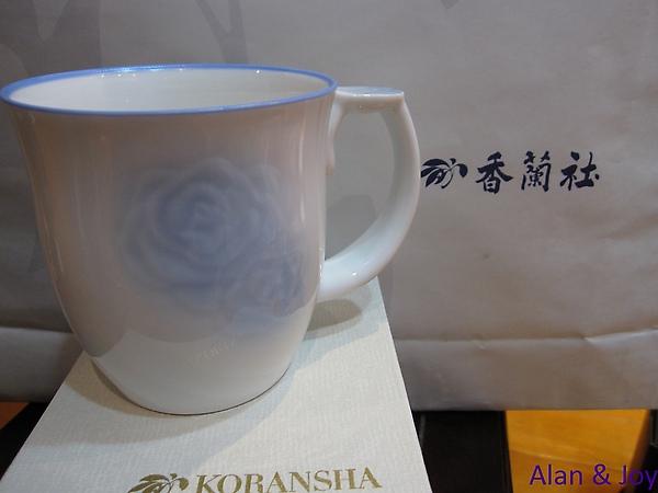 30.香蘭社藍玫瑰馬克杯(購於有田香蘭社總社).jpg