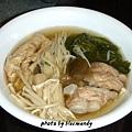 瓜仔茼蒿金針菇排骨湯