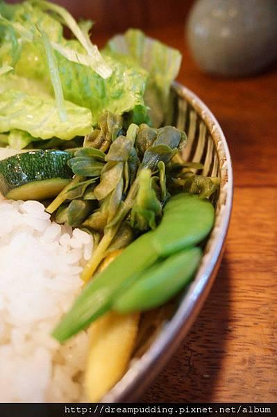 Yokoneco&リスの食堂