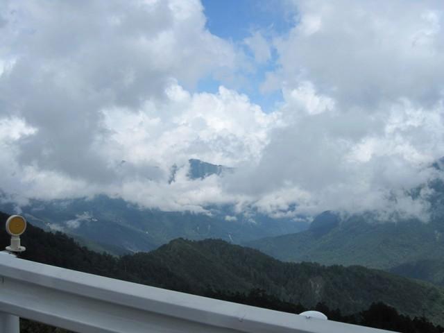 近在眼前的雲.jpg
