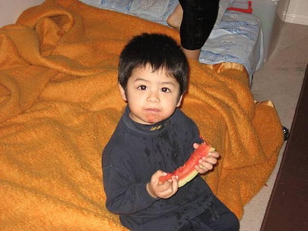 TJ,小兒子,就偏亞洲臉了,很可愛吧