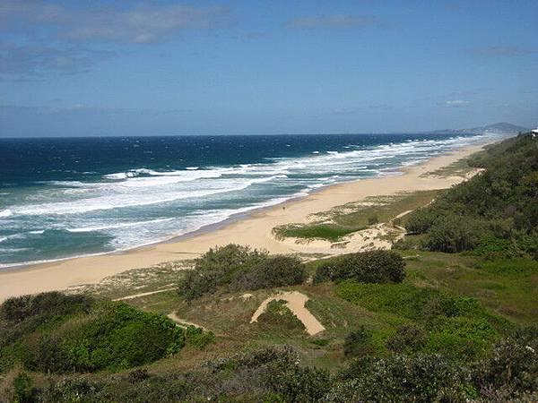sunshine beach(陽光海岸)的超長海岸線