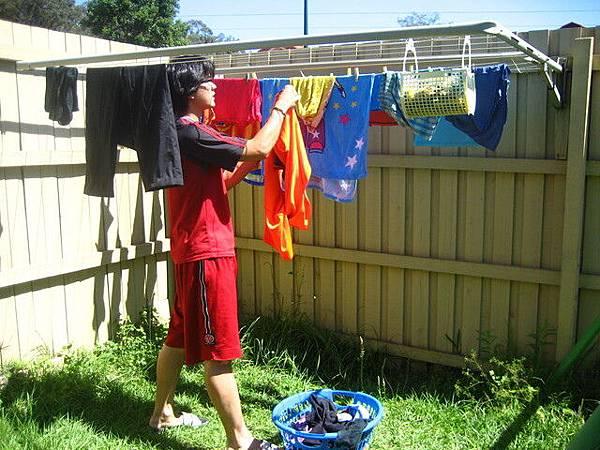 也幫忙曬曬衣服
