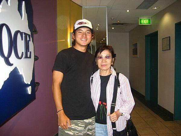 這位太太也叫akiko,我很佩服她學英語的勇氣,常常跟她聊天