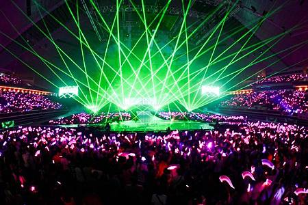 SG Concert-pink ocean.jpg