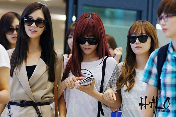 Seohyun Tiffany Jessica-120610 Incheon Airport