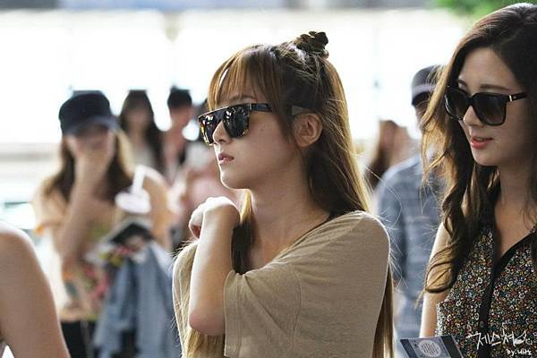SeoHyun Jessica-120708 Gimpo Airport (Departure to Japan) 4