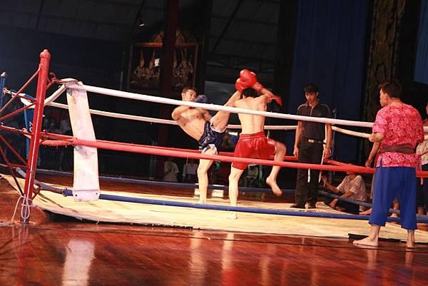 0303東芭樂園之民俗表演泰國拳.JPG