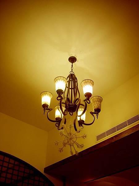特別的吊燈