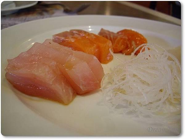 各式各樣的生魚片