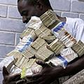 辛巴威當地人交易情況