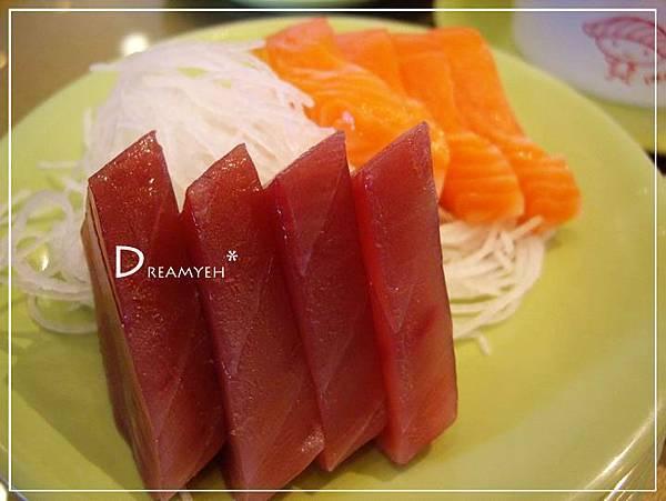 鮪魚與鮭魚生魚片