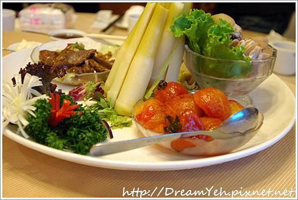 06綜合拼盤番茄筊白筍.JPG