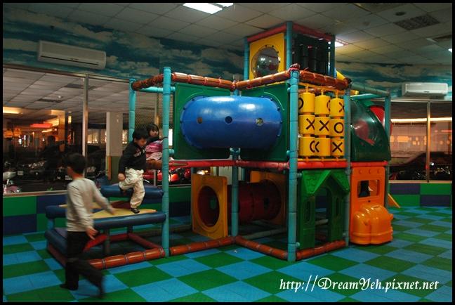 兒童遊戲區