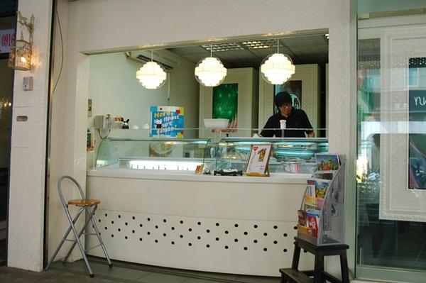 新竹南大路義式手創冰淇淋老闆
