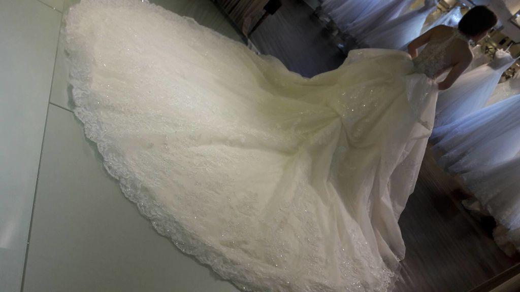新款手工婚紗-特殊訂製款手工白紗