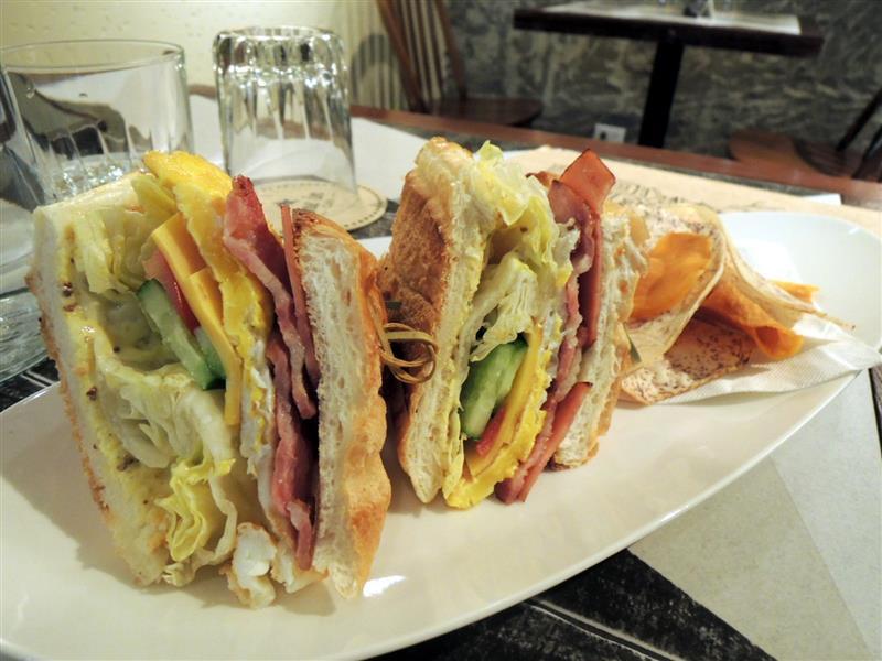 Dine in Cafe025.jpg