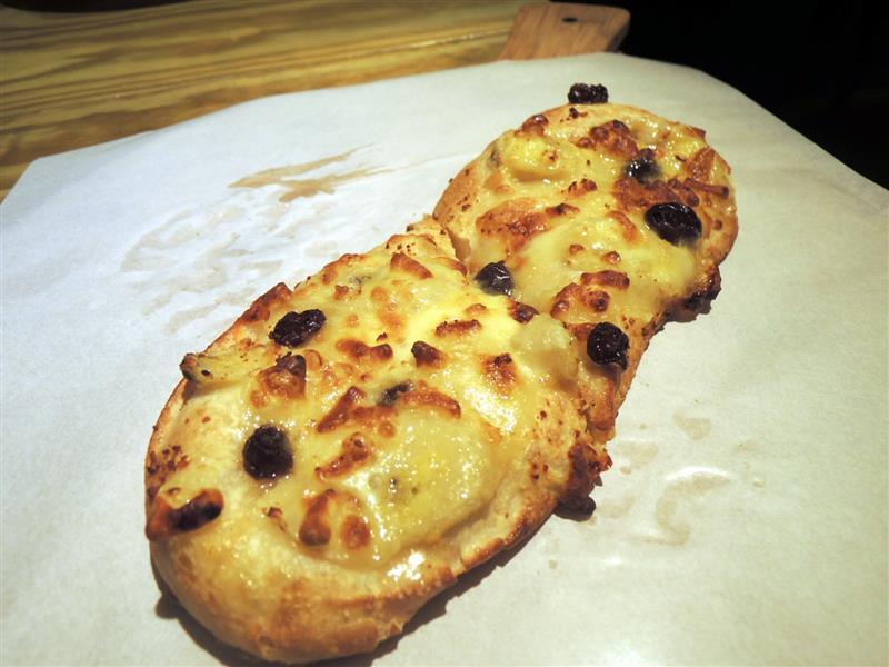 Naan & Pizza 012.jpg