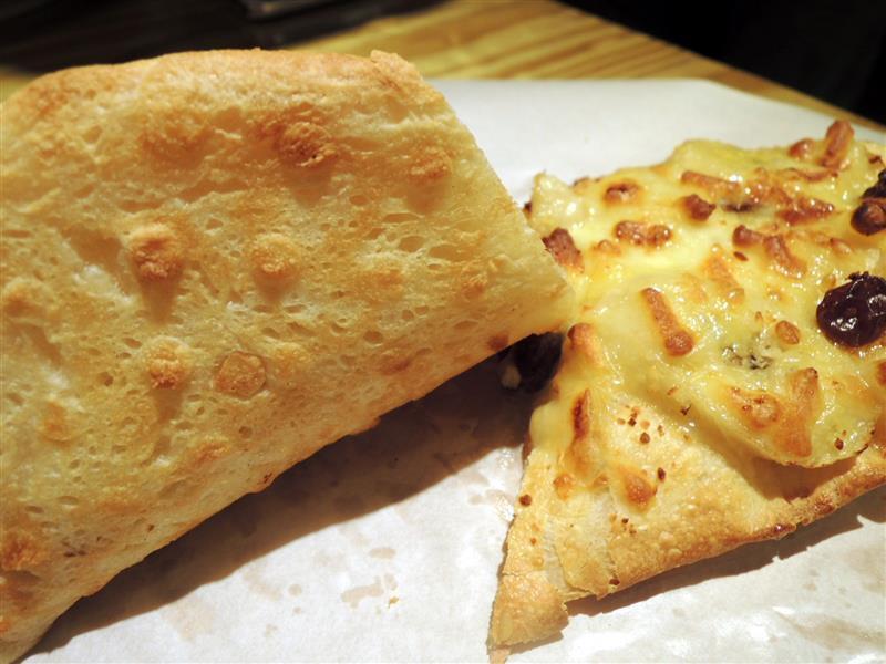 Naan & Pizza 015.jpg