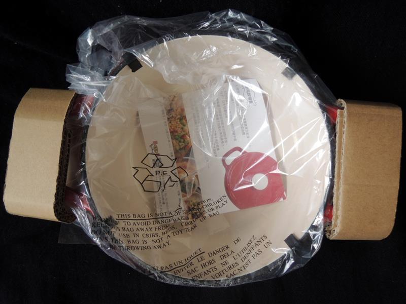 固鋼 瑰麗紅琺瑯鑄鐵鍋003.jpg