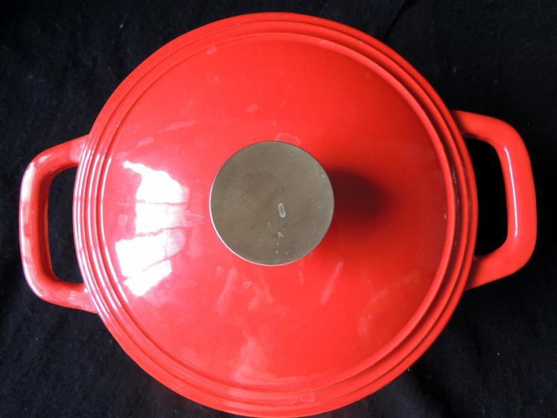 固鋼 瑰麗紅琺瑯鑄鐵鍋037.jpg