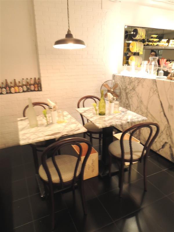 雨人麵包餐館003.jpg