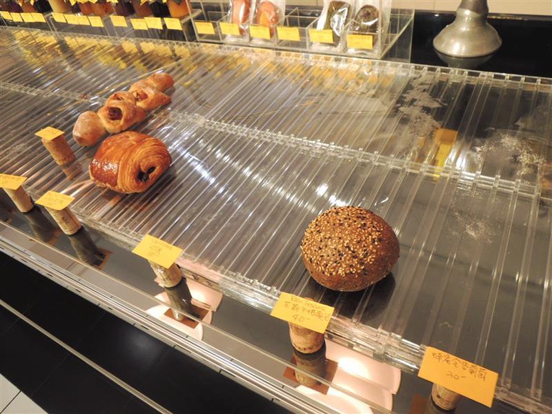 雨人麵包餐館011.jpg