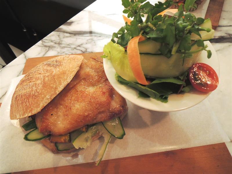 雨人麵包餐館035.jpg