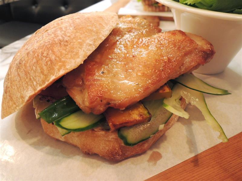 雨人麵包餐館036.jpg