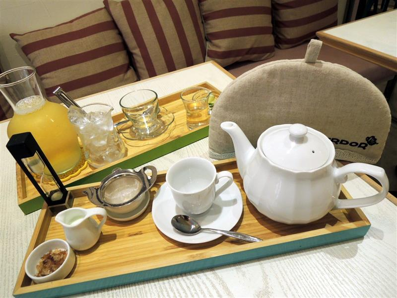 HERDOR Tea House034.jpg