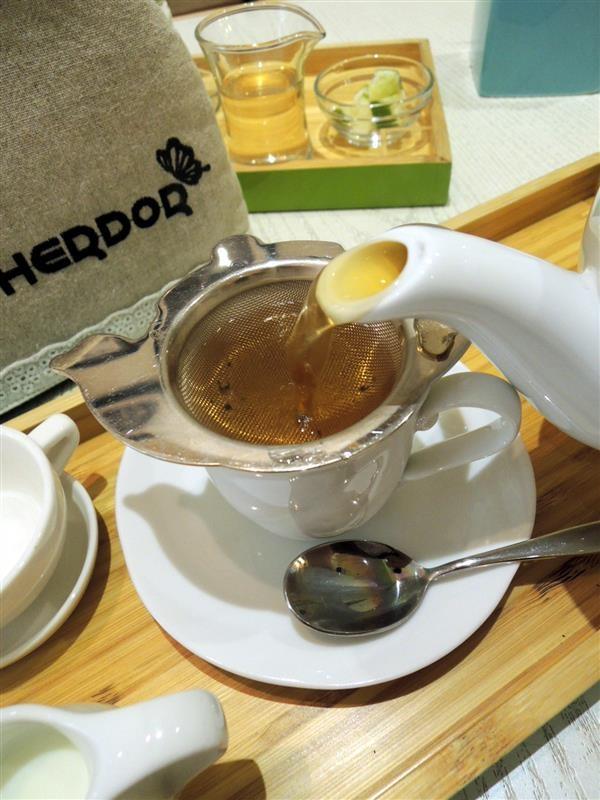 HERDOR Tea House049.jpg