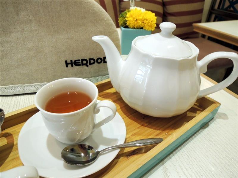 HERDOR Tea House050.jpg
