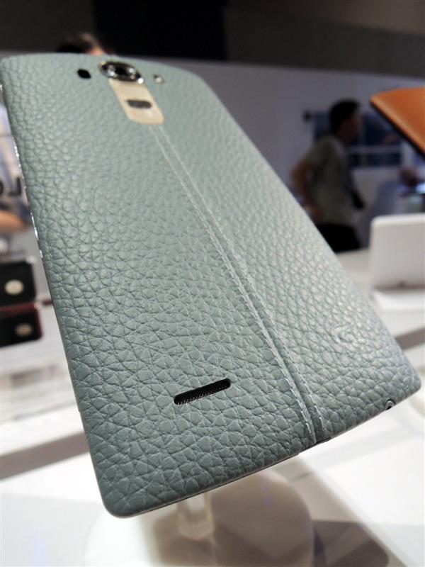 LG G4010.jpg
