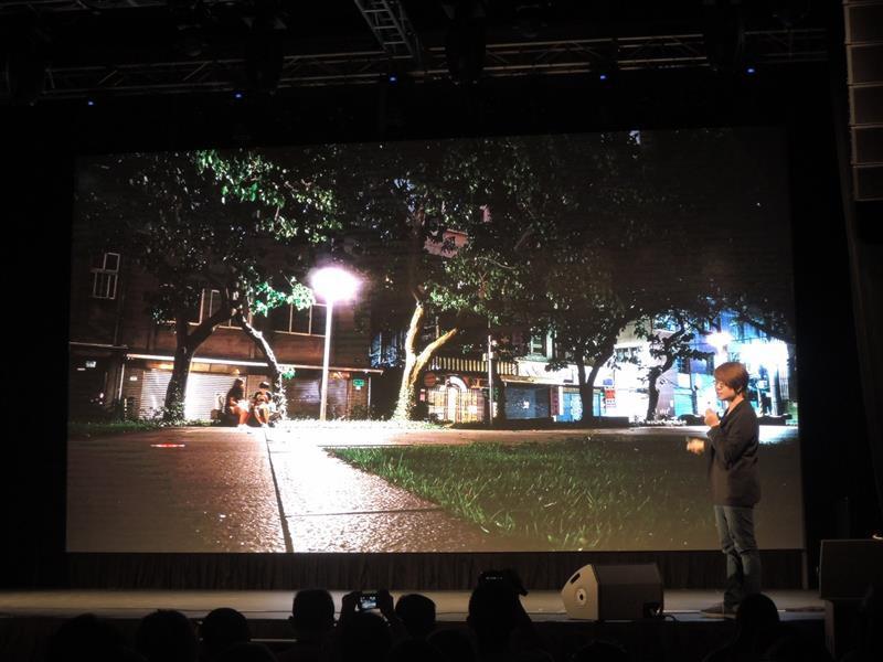 LG G4040.jpg