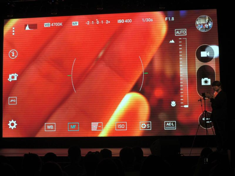 LG G4048.jpg