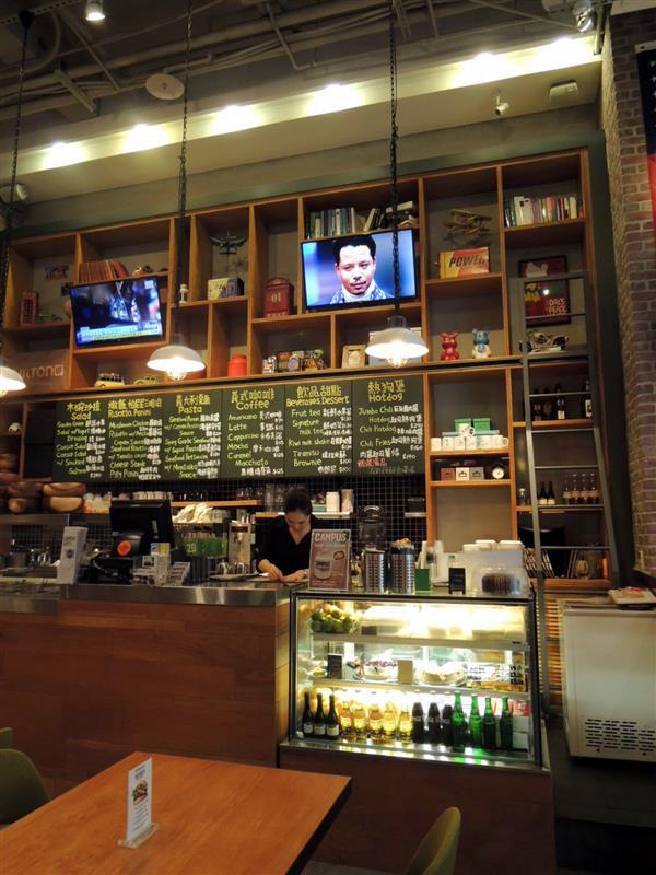 CAMPUS CAFE008.jpg