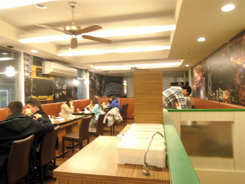 港麗港式茶餐廳004.jpg