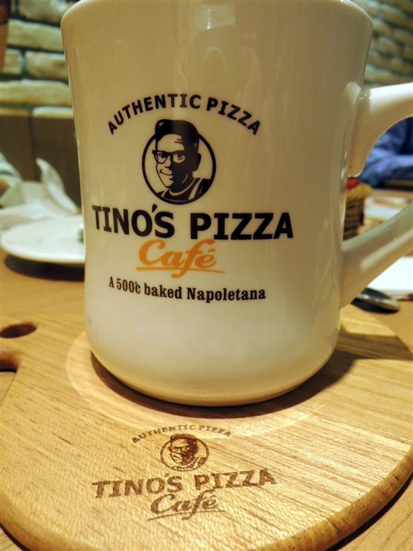 Tino's pizza022.jpg