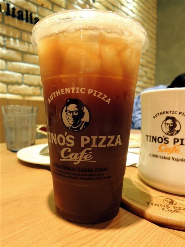 Tino's pizza024.jpg