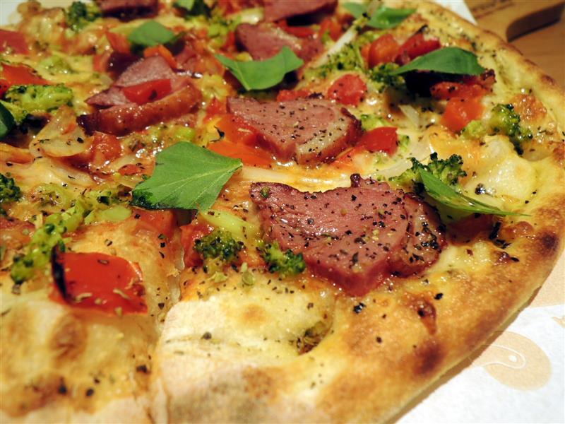 Tino's pizza025.jpg