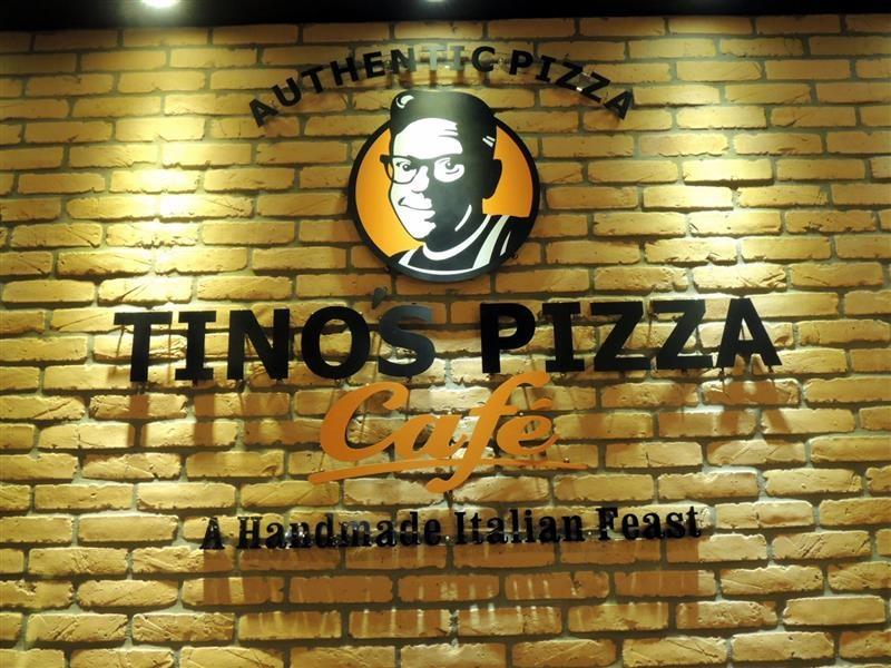 Tino's pizza033.jpg