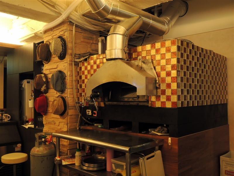 Milano Pizzeria 008.jpg