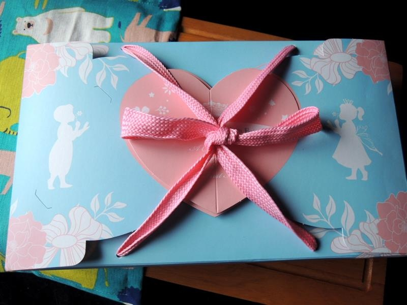 鴻鼎菓子 彌月禮盒 001.jpg