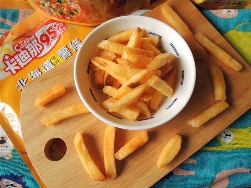 卡廸那 95℃北海道風味薯條-起司披薩009.jpg